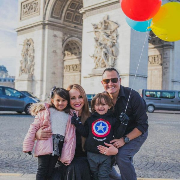 FAMILIAS--EN-PARIS-06